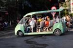 De electrische taxi's van Cat Ba