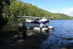 Air Nootka leverde ons af in Louie Lagoon